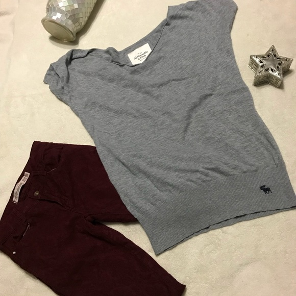 Abercrombie & Fitch Tops - 💟Abercrombie & Fitch Gray Dolman Short Sleeve Top